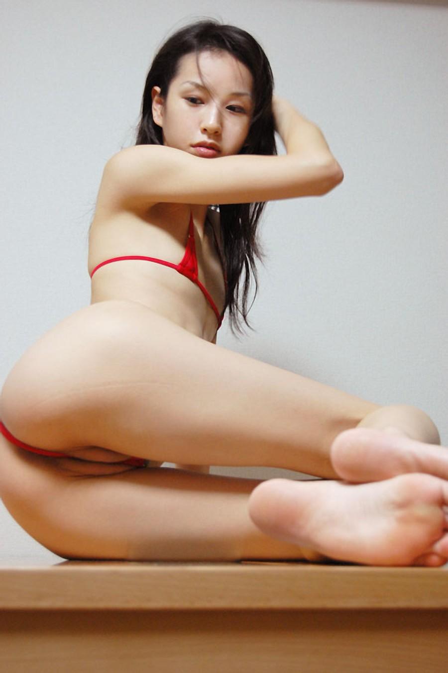Straight girls licking tits