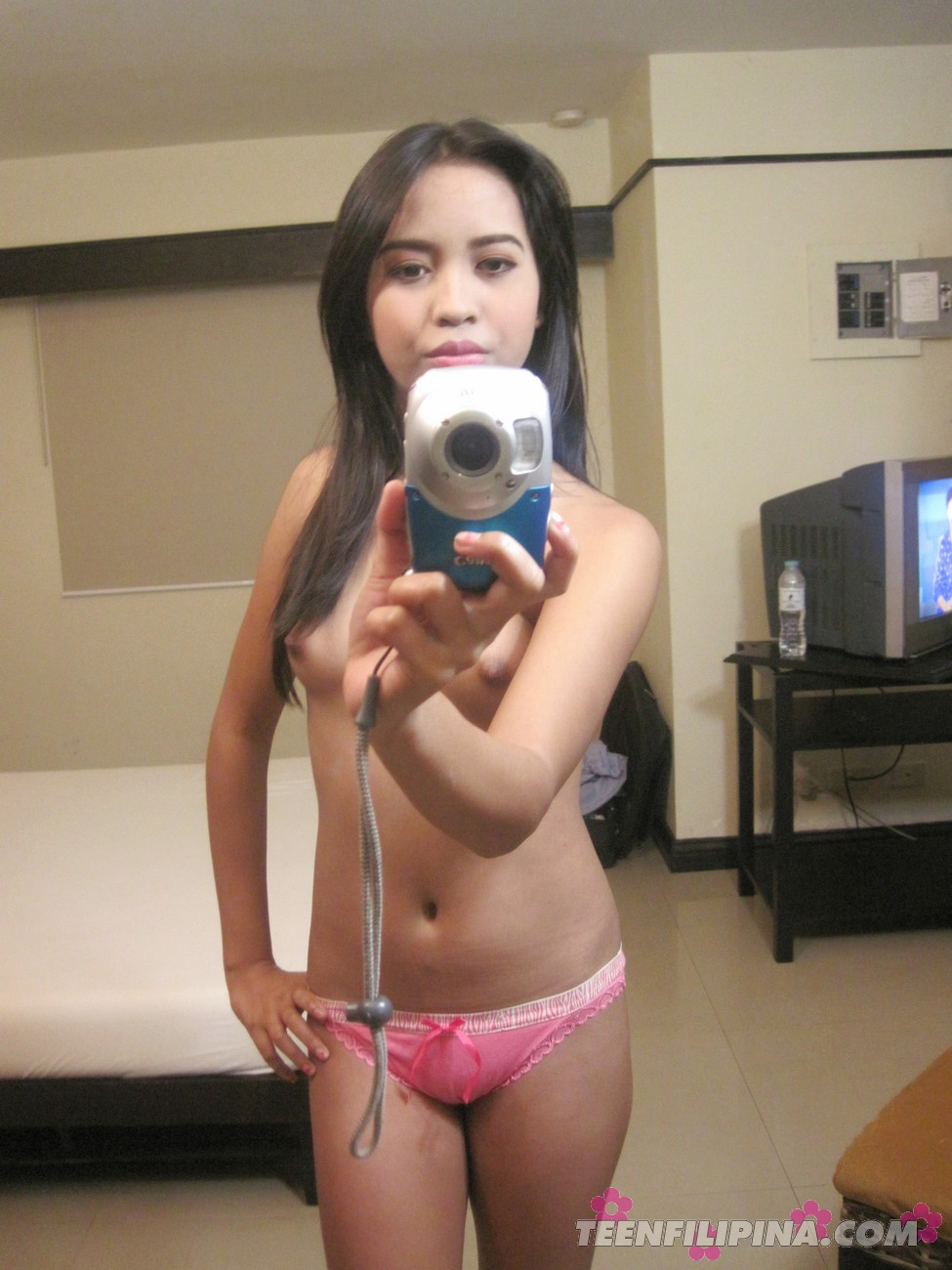 Japanese teen mirror pics nude understand you