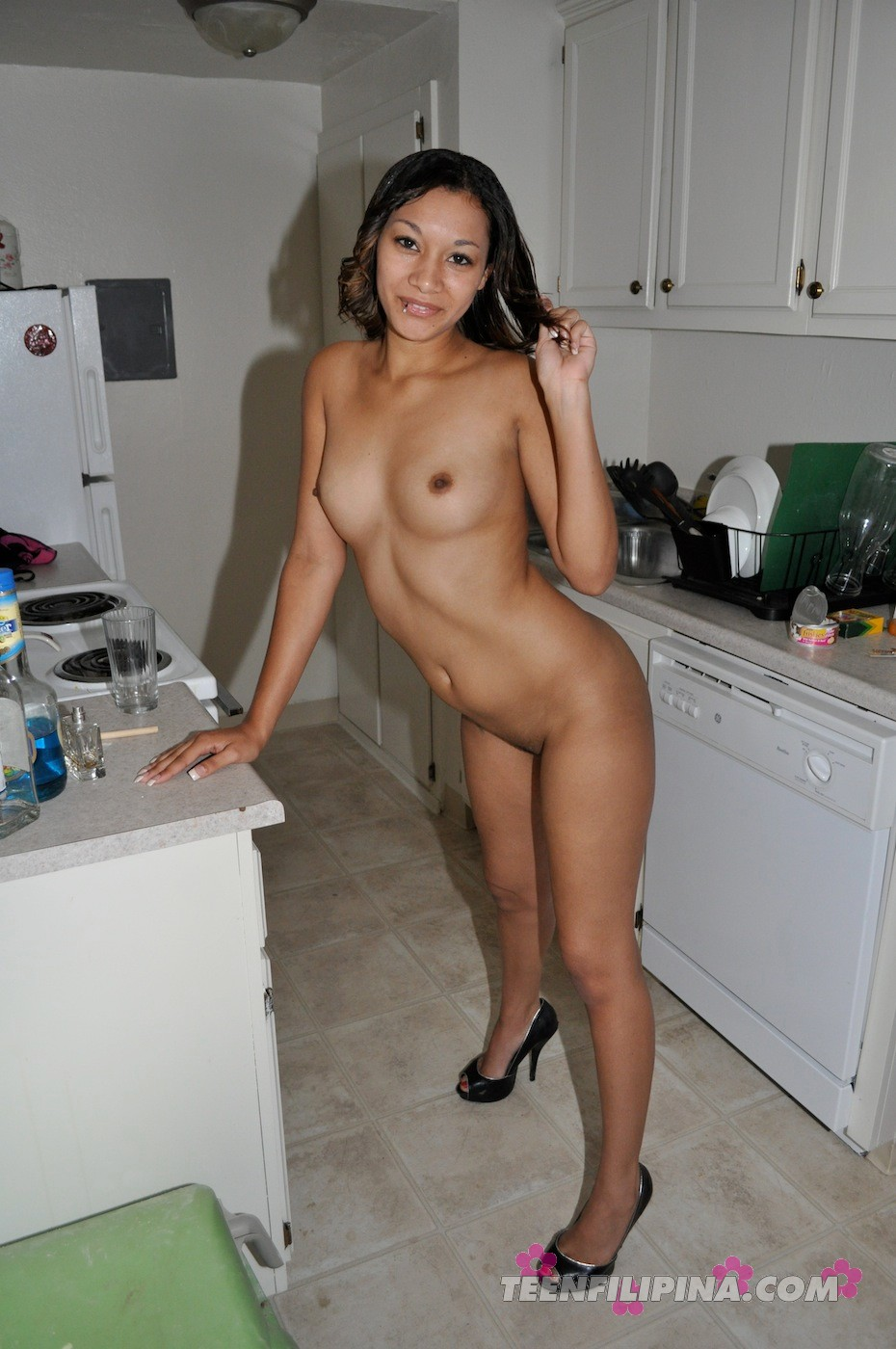 Sexiest naked bitches pictures
